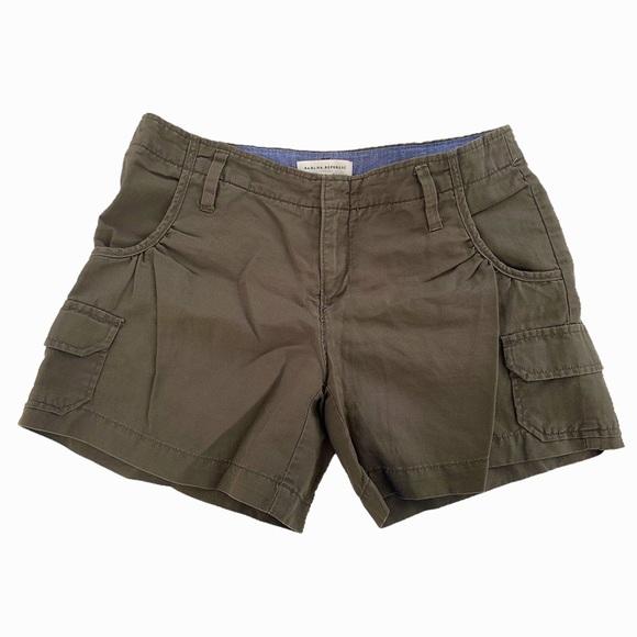 Banana Republic Linen Cargo Shorts